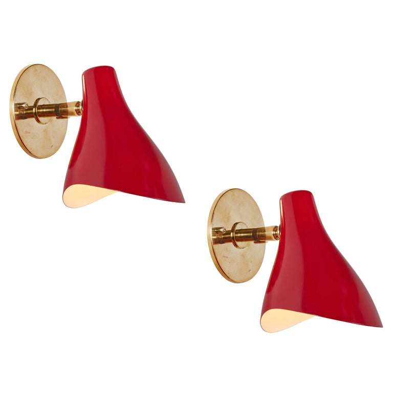 Pair of Gino Sarfatti Model #10 Sconces in Red for Arteluce For Sale