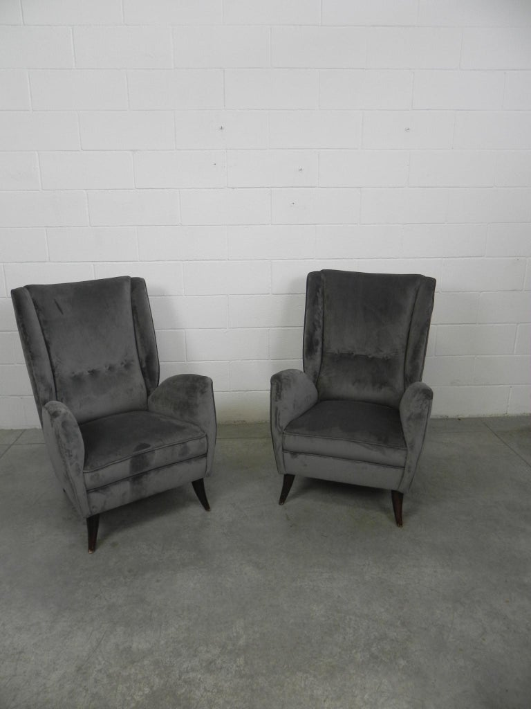 Mid-Century Modern Pair of Gio Ponti Armchairs Italian I.S.A. Bergamo, 1950s For Sale