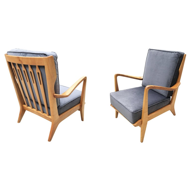 Pair of Gio Ponti Armchairs Model 516 For Sale