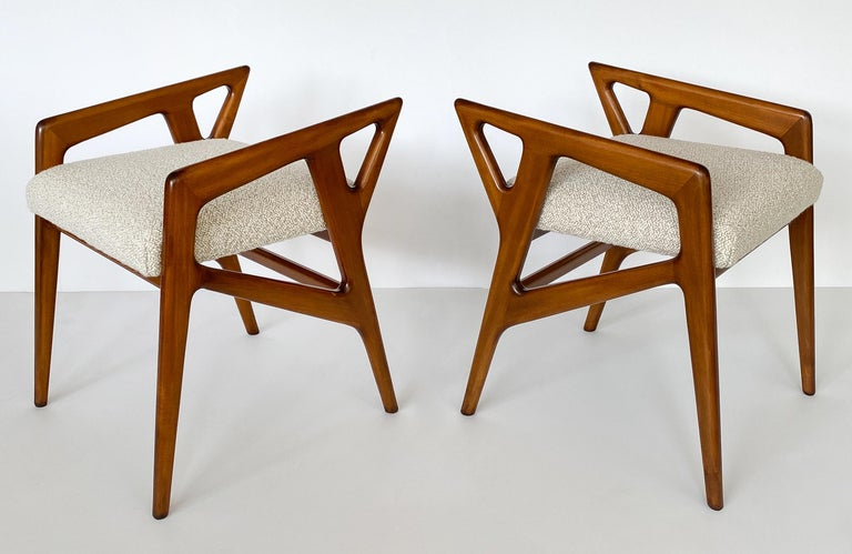 Pair of Gio Ponti Italian Walnut Stools In Excellent Condition For Sale In Chicago, IL