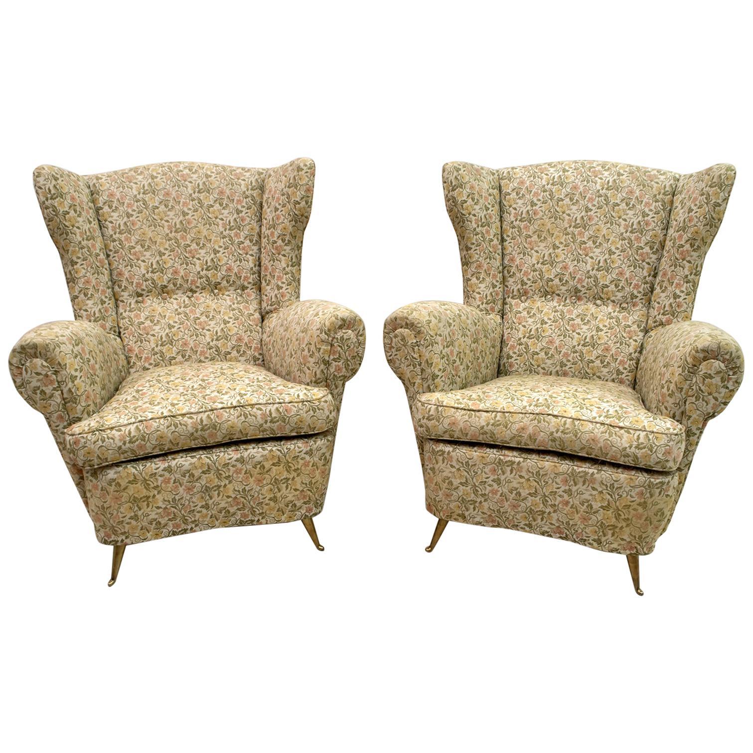 Pair of Gio Ponti Mid-Century Modern Italian High Back Armchairs for ISA, 1950s
