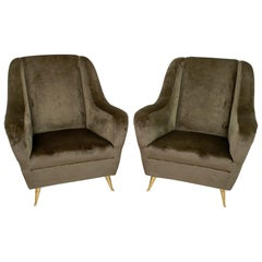 Pair of Gio Ponti Mid-Century Modern Italian Velvet Armchairs for ISA, 1950s