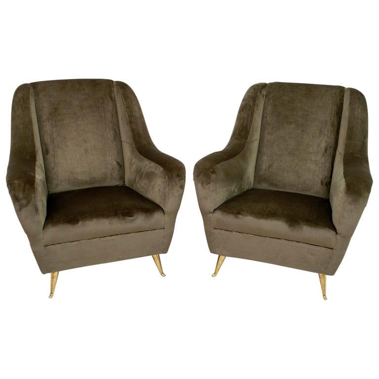 Pair of Gio Ponti Mid-Century Modern Italian Velvet Armchairs for ISA, 1950s For Sale