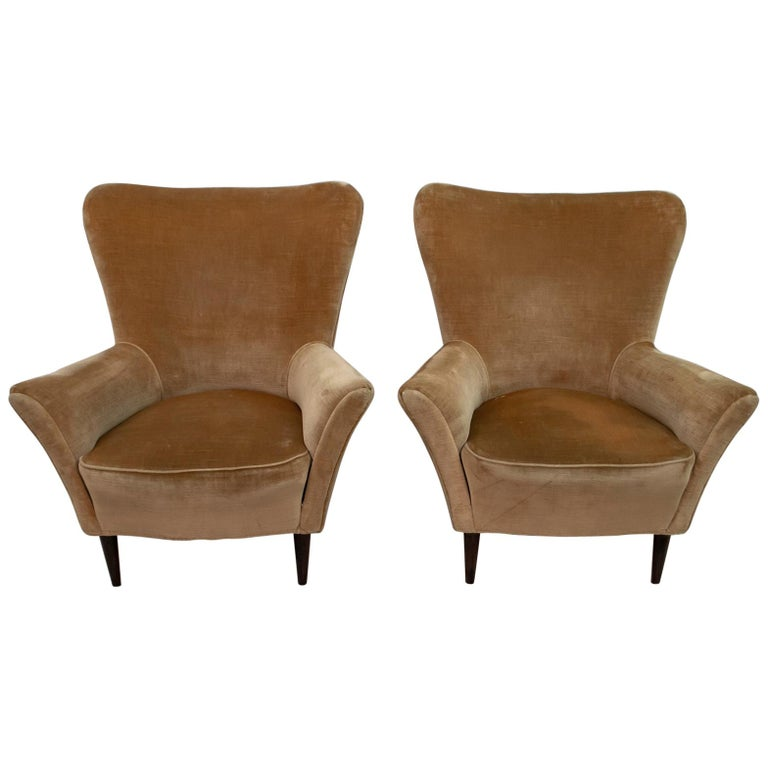 Pair of Gio Ponti Mid-Century Modern Italian Velvet Small Armchairs for ISA For Sale