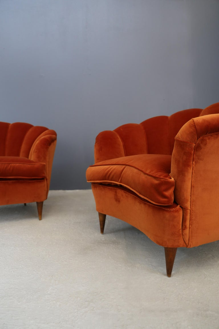 Mid-20th Century Pair of Gio Ponti shell armchairs italian, 1940 For Sale