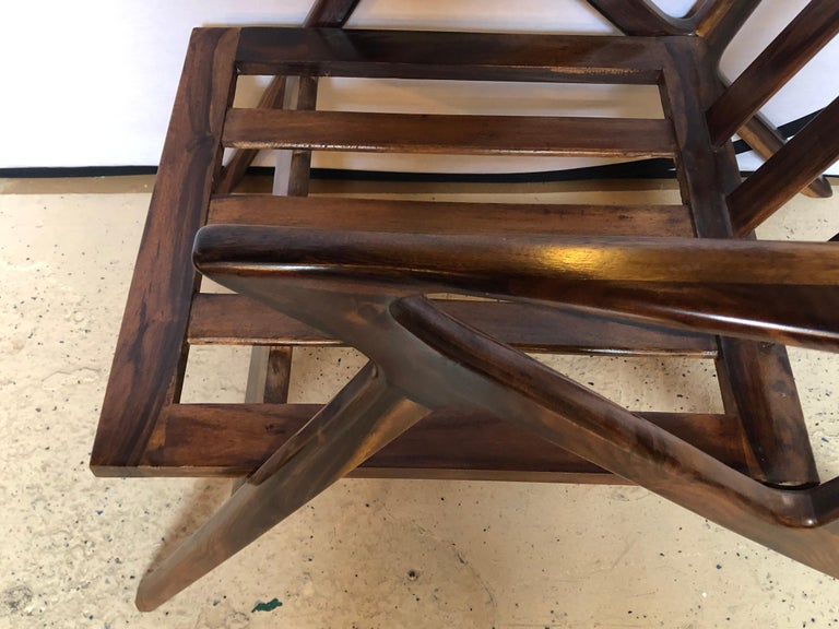 Pair of Gio Ponti Style Mid-Century Modern Rosewood / Walnut Armchairs For Sale 8