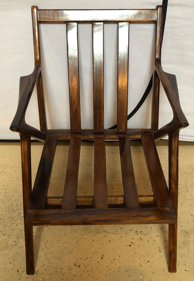 Pair of Gio Ponti Style Mid-Century Modern Rosewood / Walnut Armchairs For Sale 3