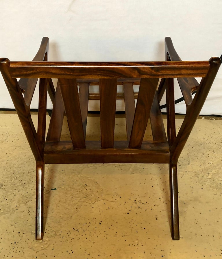 Pair of Gio Ponti Style Mid-Century Modern Rosewood / Walnut Armchairs For Sale 5