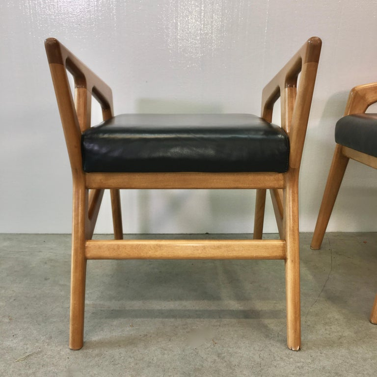 Pair of Gio Ponti Style Stools For Sale 3