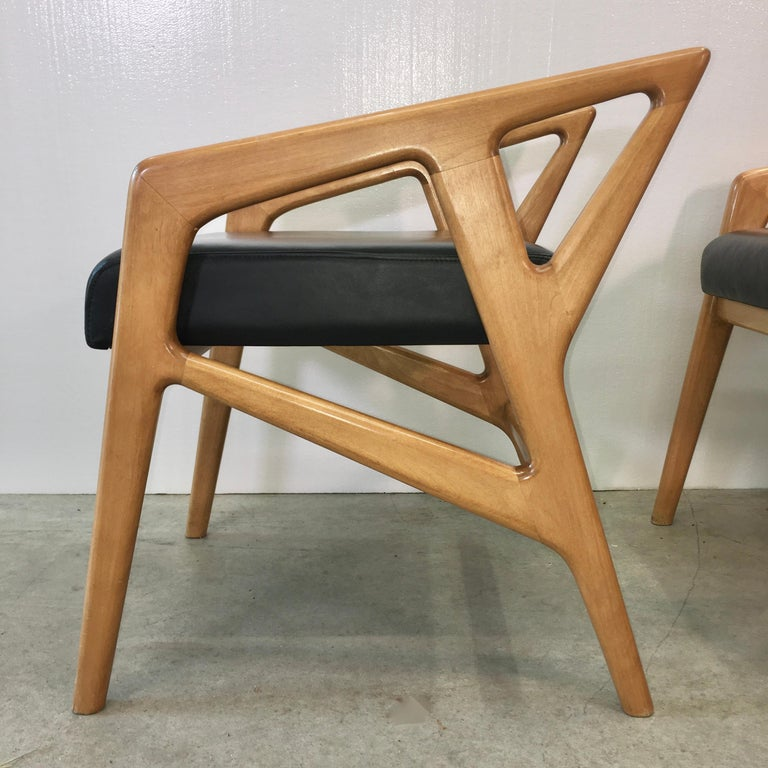 Pair of Gio Ponti Style Stools For Sale 4