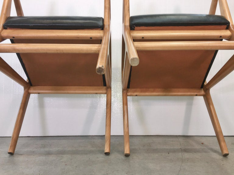 Pair of Gio Ponti Style Stools For Sale 5