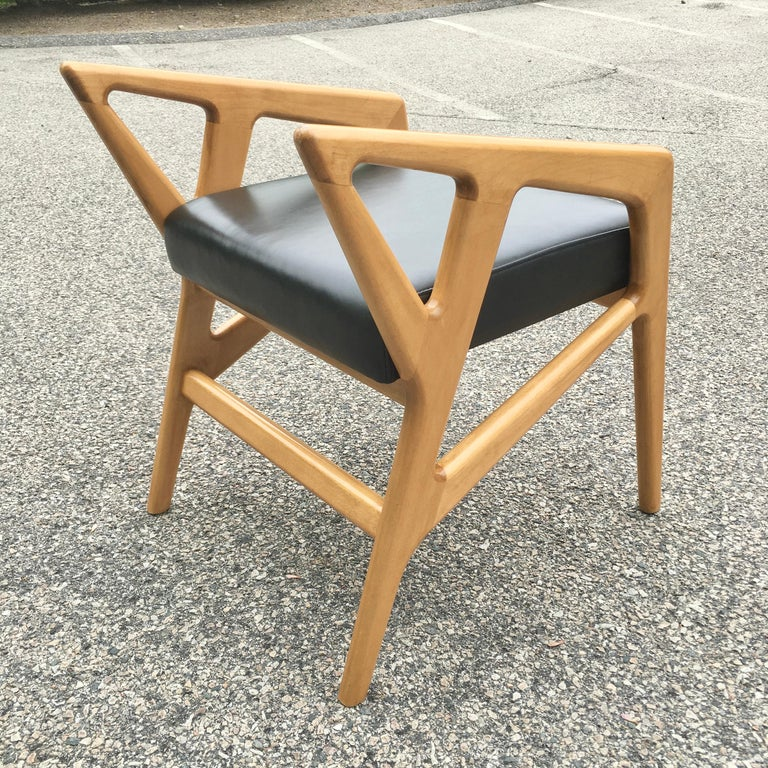 Pair of Gio Ponti Style Stools In Good Condition For Sale In Hingham, MA