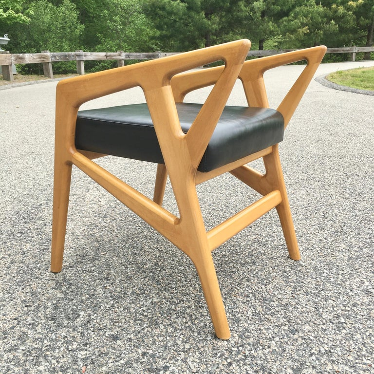 Mid-20th Century Pair of Gio Ponti Style Stools For Sale