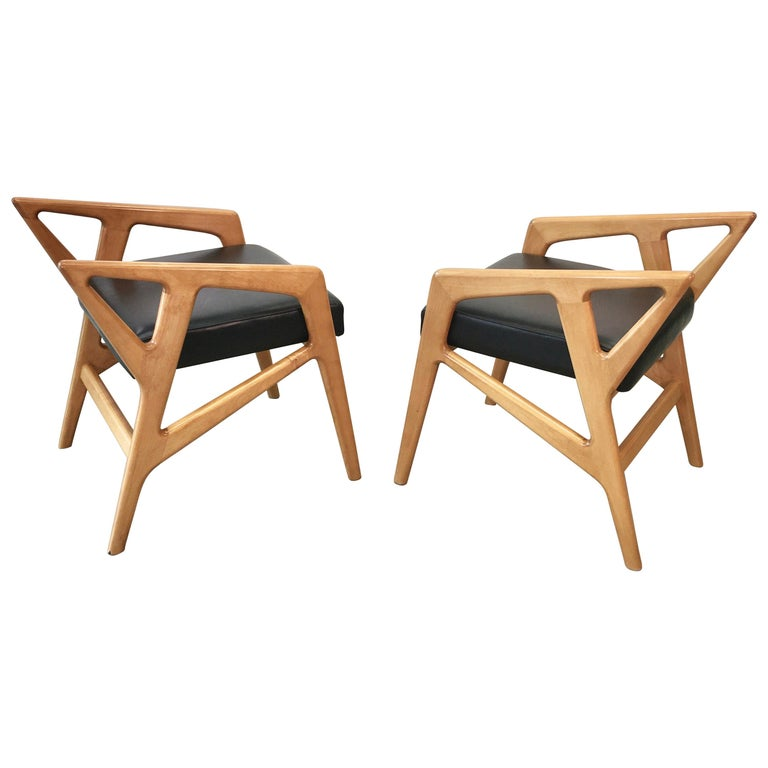 Pair of Gio Ponti Style Stools For Sale