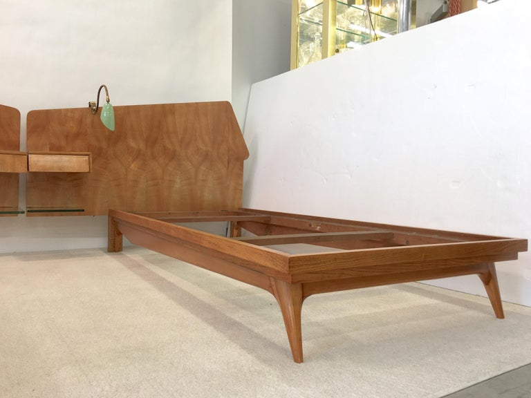 Pair of Gio Ponti Style Twin Beds For Sale 6