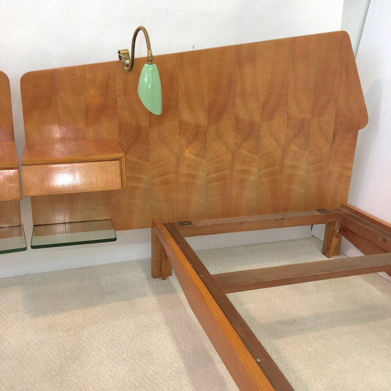 Pair of Gio Ponti Style Twin Beds For Sale 2
