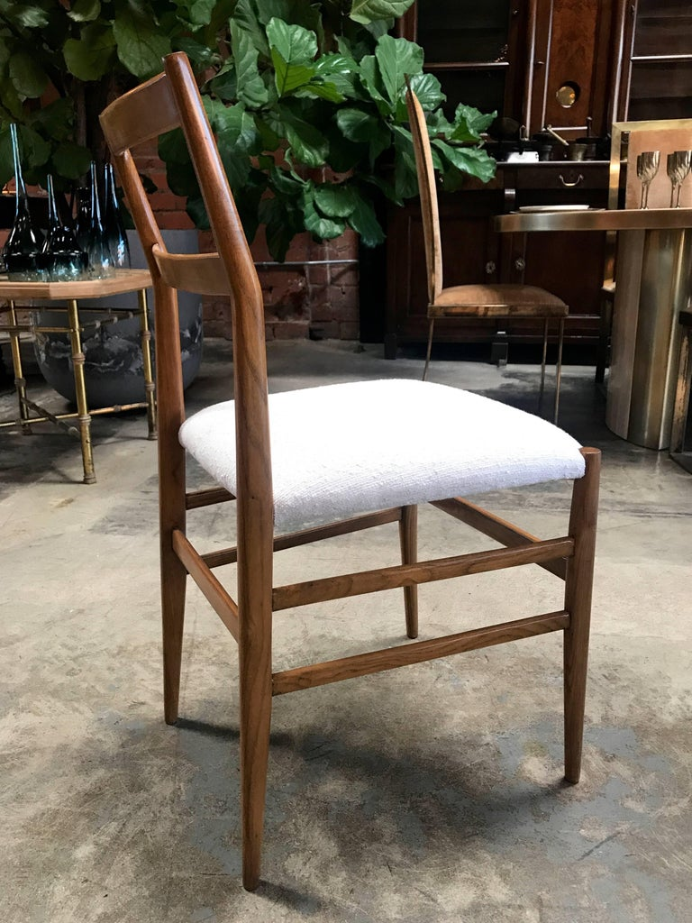 Pair of Gio Ponti Superleggera Dining Chairs In Excellent Condition For Sale In Los Angeles, CA