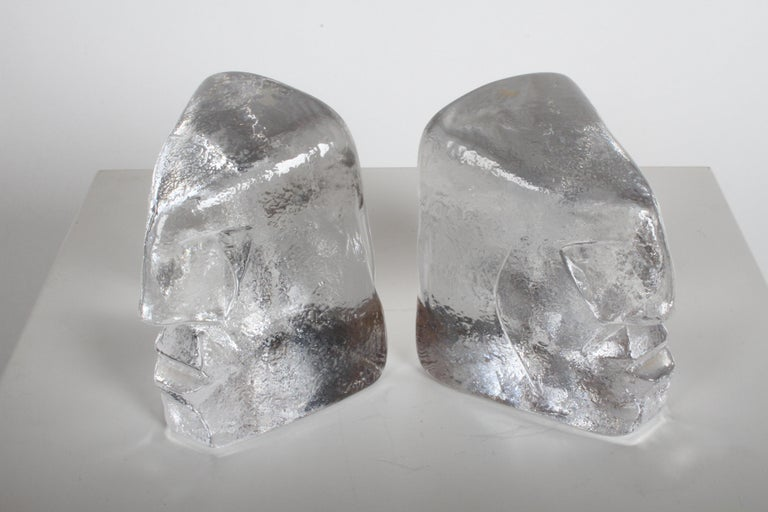 Pair of Glass Face Bookends or Sculptures by Erik Höglund, Sweden, 1960s For Sale 4