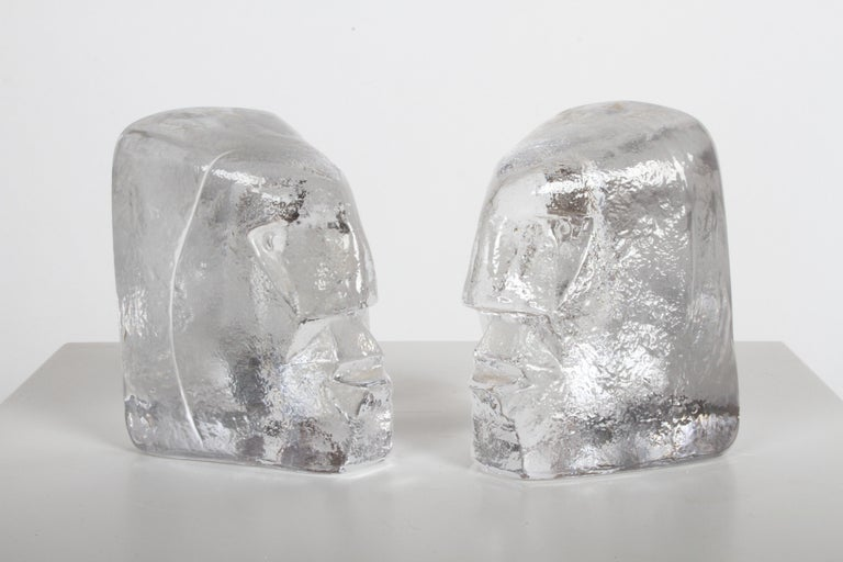 Mid-Century Modern Pair of Glass Face Bookends or Sculptures by Erik Höglund, Sweden, 1960s For Sale