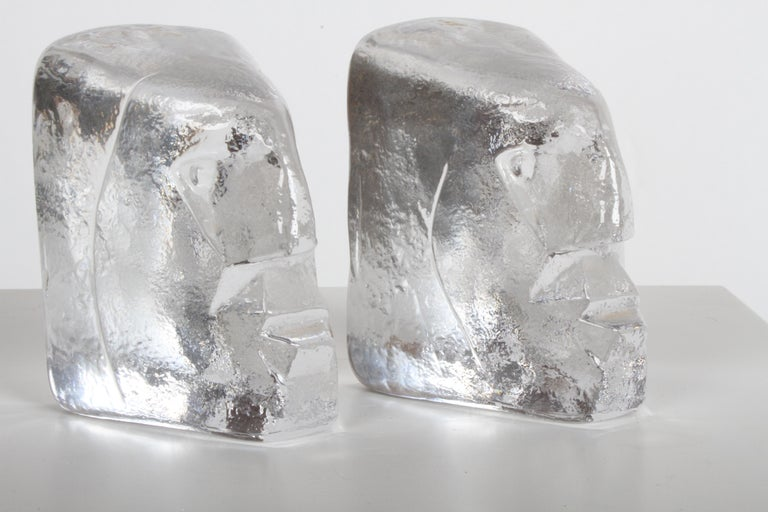 Mid-20th Century Pair of Glass Face Bookends or Sculptures by Erik Höglund, Sweden, 1960s For Sale