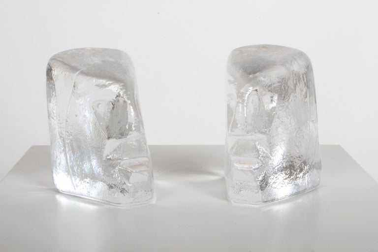 Pair of Glass Face Bookends or Sculptures by Erik Höglund, Sweden, 1960s For Sale 2