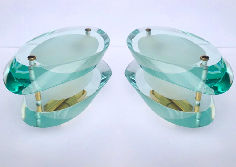 Mid-Century Modern Pair of Glass Sconces by Max Ingrand for Fontana Arte, Italy, circa 1960s For Sale