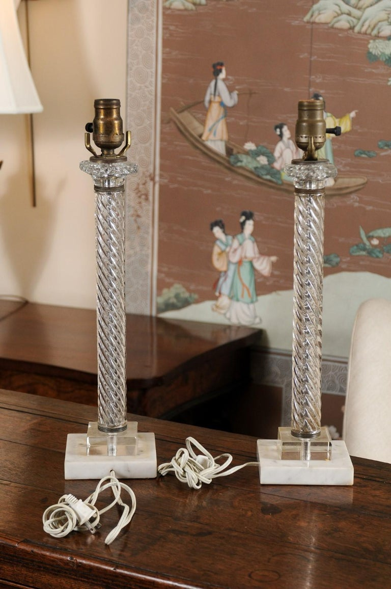 Pair of Glass Twisted Column Lamps, 20th Century For Sale 2