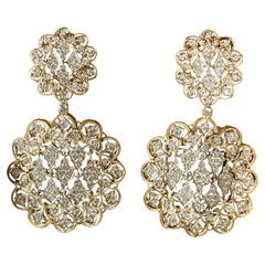 Pair of Glorious 18 Karat White and Yellow Gold Earrings with Diamonds