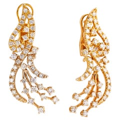 Pair of Glorious 18 Karat Yellow Gold Earrings with 2.70 Carat of Diamonds