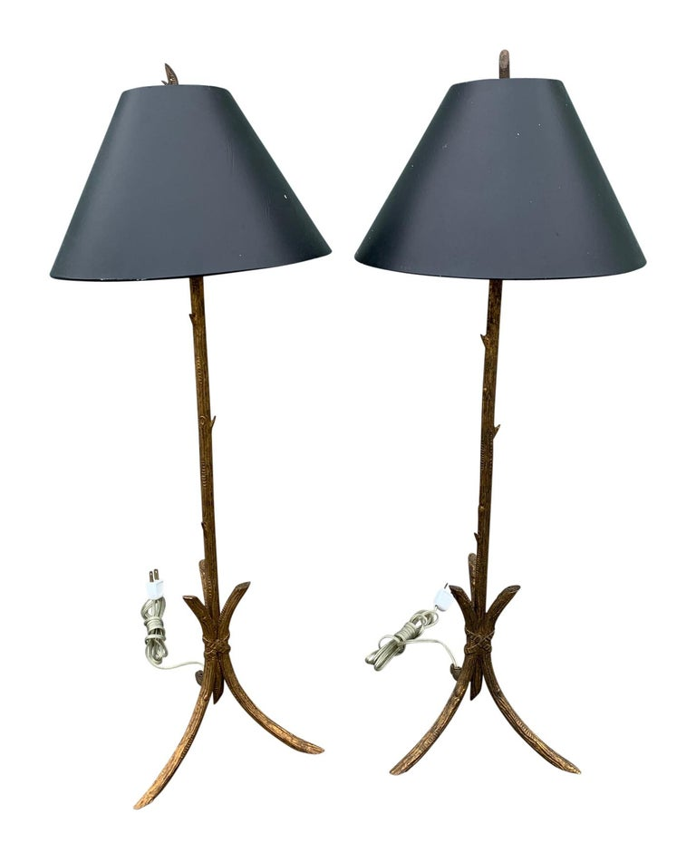 Pair of gold gilded faux bois lamps with original finials, in the manner of Giacometti, Mid-Century Modern.