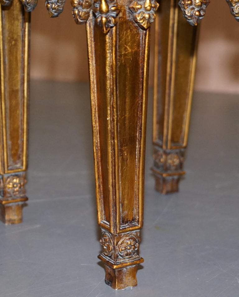 Pair of Gold Giltwood Marble Bust Stands Side End Lamp Wine Tables For Sale 1