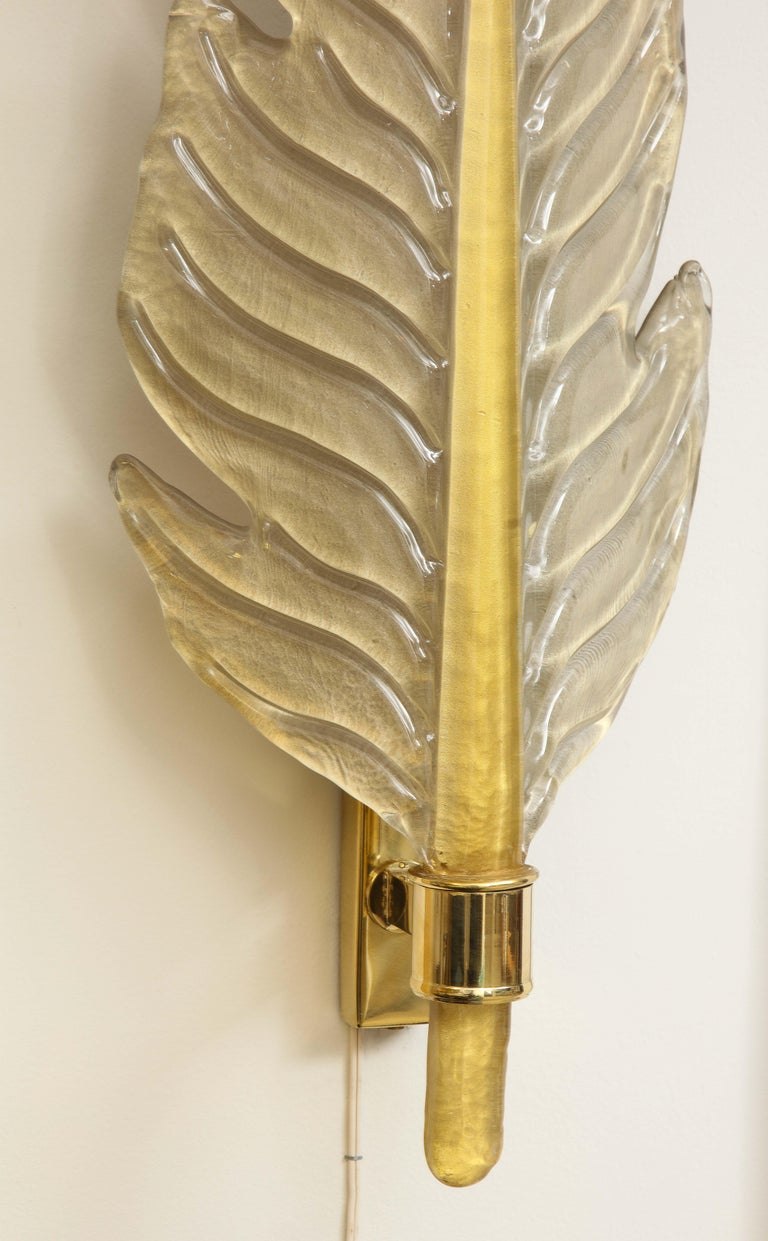 Pair of Gold Infused Murano Glass and Brass Leaf Sconces, Italy For Sale 11