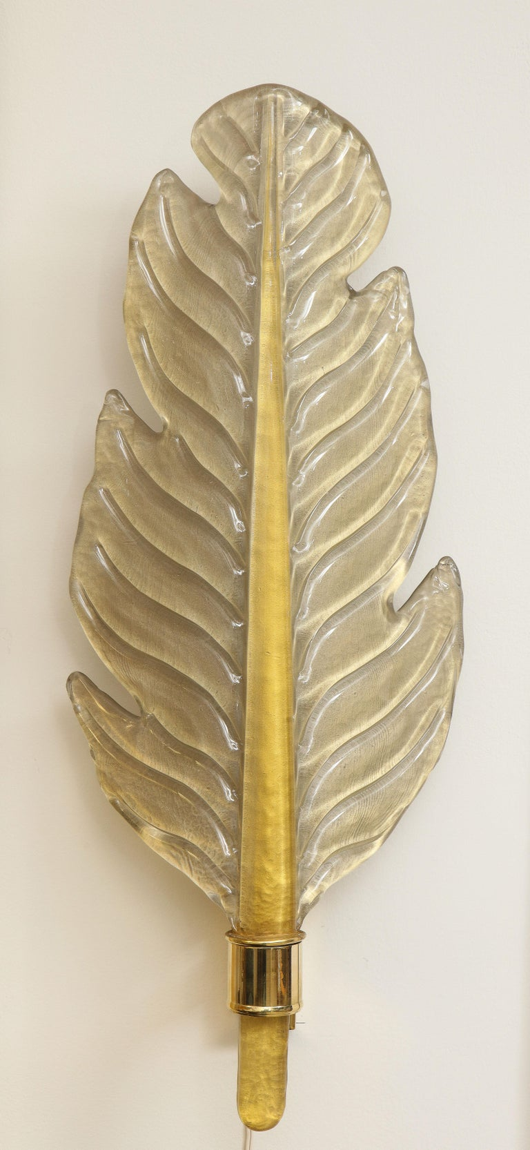 Pair of Gold Infused Murano Glass and Brass Leaf Sconces, Italy For Sale 12