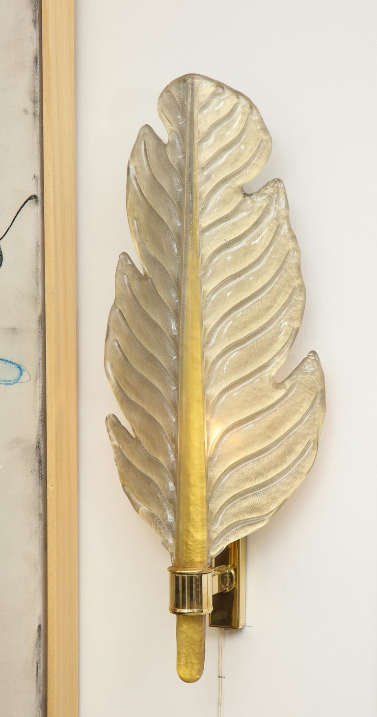 Hand-Crafted Pair of Gold Infused Murano Glass and Brass Leaf Sconces, Italy For Sale