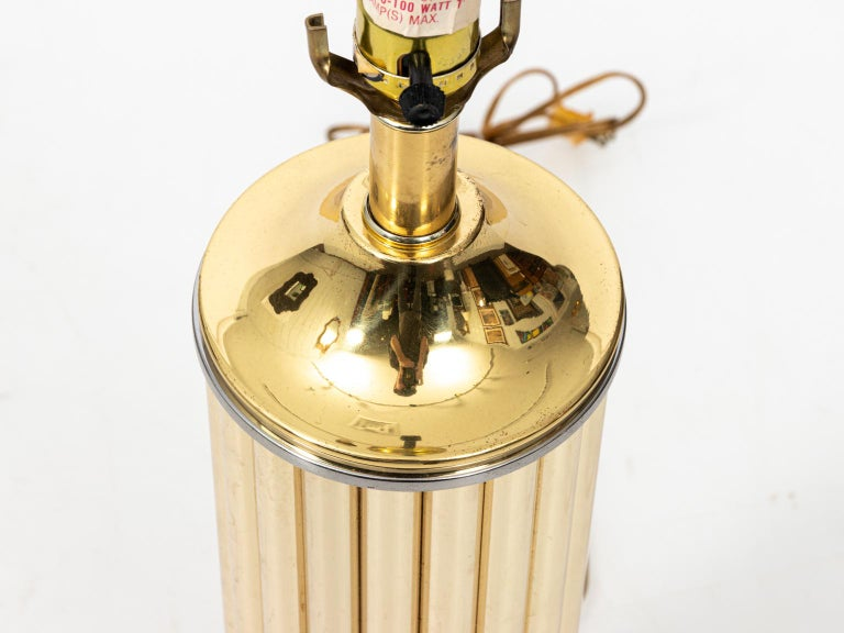 Pair of Gold Tone Fluted Lamps In Good Condition For Sale In Stamford, CT