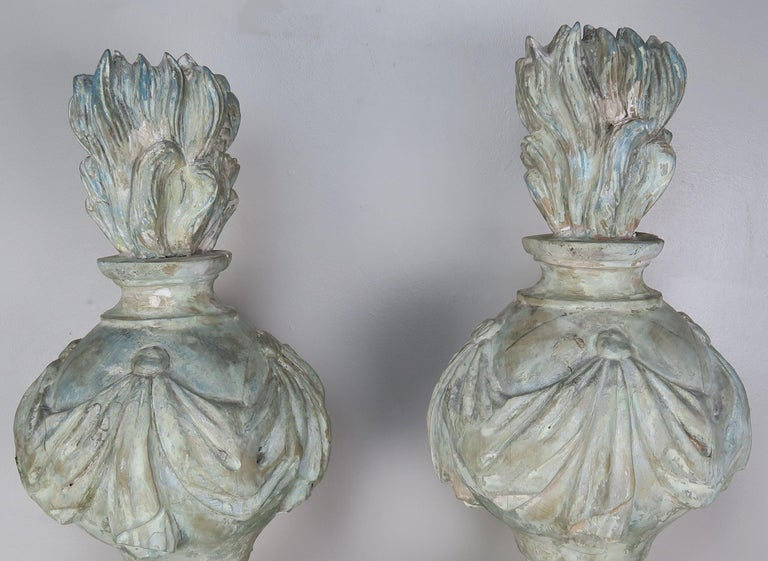 Neoclassical Pair of Grand 19th Century Carved Wood Painted Flamed Finials For Sale