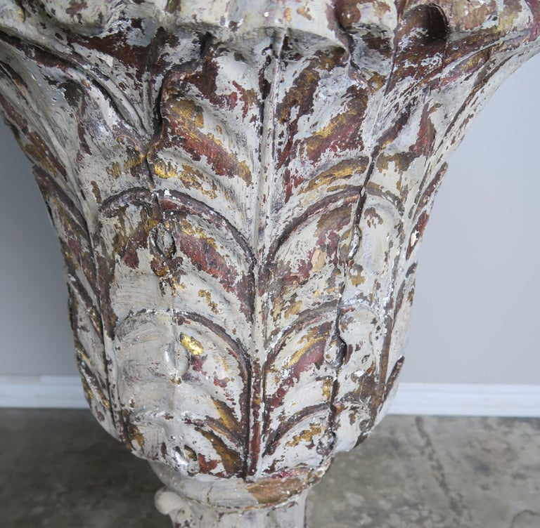 Neoclassical Pair of Grand Scale Carved Wood Painted Flamed Finial Urns For Sale