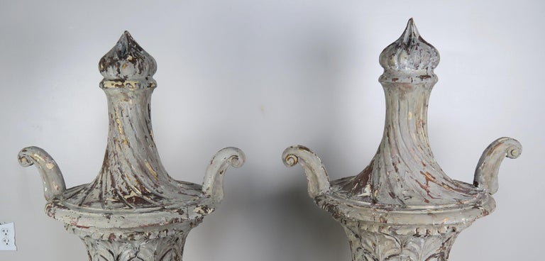 Pair of Grand Scale Carved Wood Painted Flamed Finial Urns For Sale 1