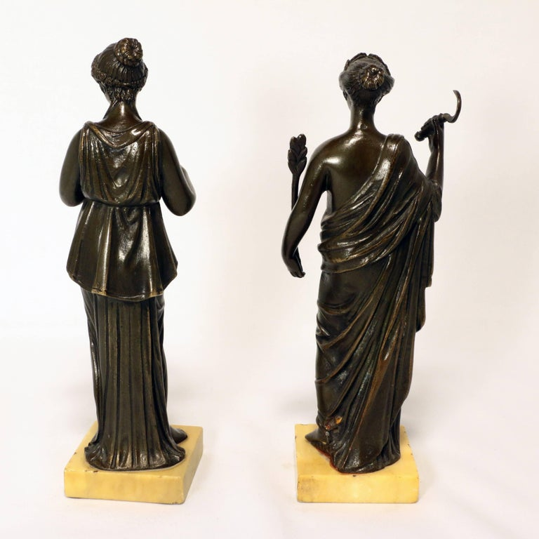 Classical Roman Pair of Grand Tour Bronze Figures after the Antique For Sale