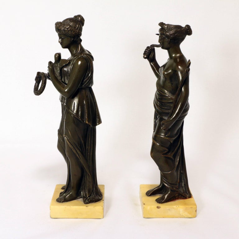 Italian Pair of Grand Tour Bronze Figures after the Antique For Sale