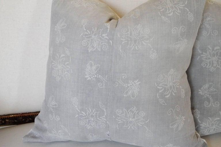 Bohemian Pair of Gray Vintage Batik Accent Pillows For Sale