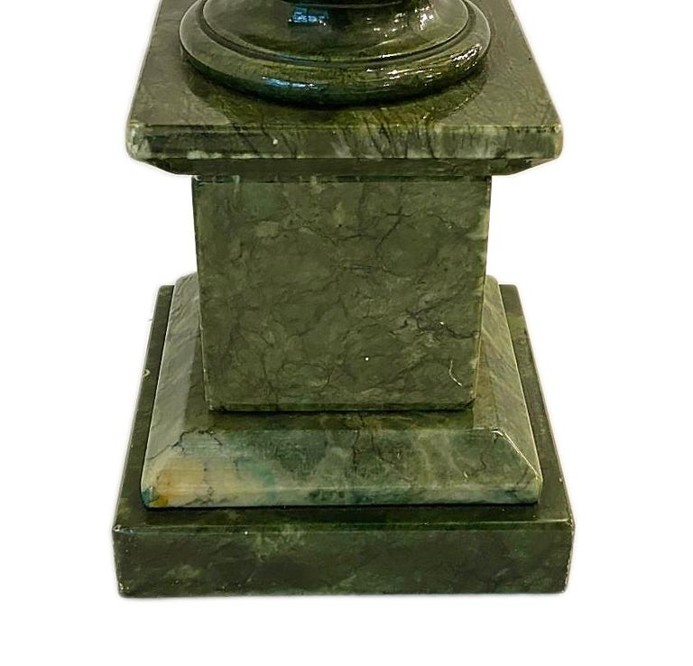 Pair of Green Alabaster Table Lamps In Good Condition For Sale In New York, NY