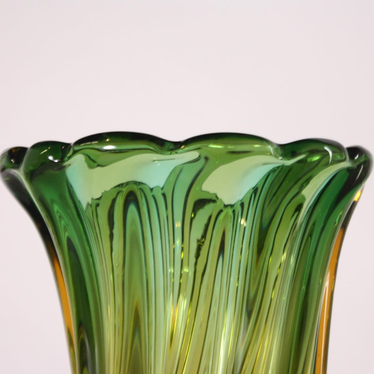 Italian Pair of Green and Amber Glass Vases, circa 1950 For Sale