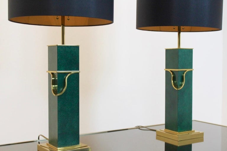 Pair of Green and Brass Mid-Century Modern Table Lamps For Sale 2