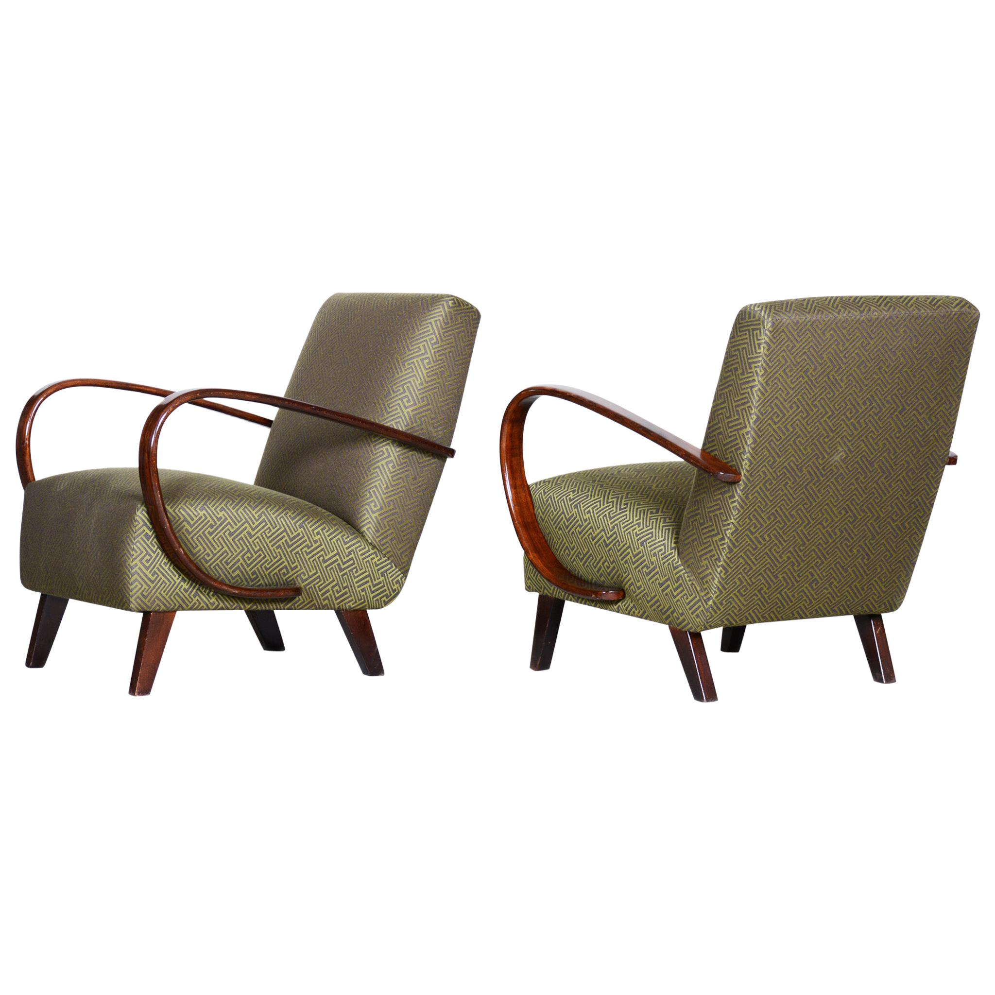 Pair of Green Czech Art Deco Beech Armchairs 1930s, Jindrich Halabala, UP Zavody