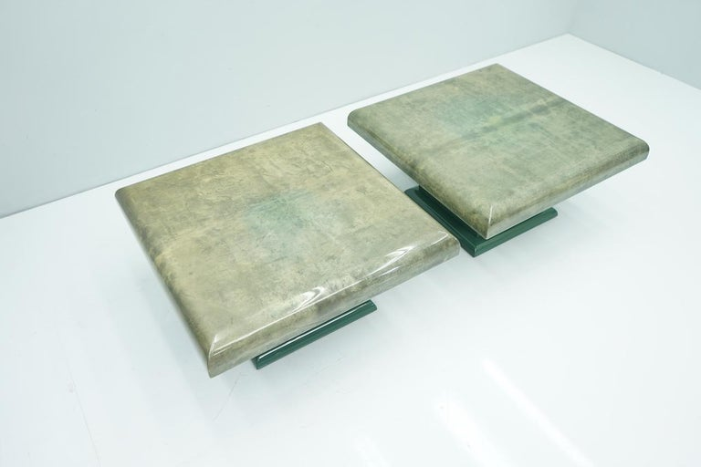 Pair of Green Goatskin Side Tables by Aldo Tura, Italy, 1980s In Good Condition For Sale In Frankfurt / Dreieich, DE