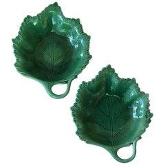 Pair of Green Majolica Handled Leaves Villeroy & Boch, circa 1880