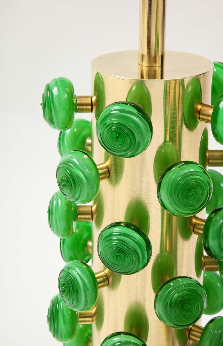 Pair of Green Murano Glass Knobs and Brass Cylinder Sculptural Lamps, Italy 2021 For Sale 4