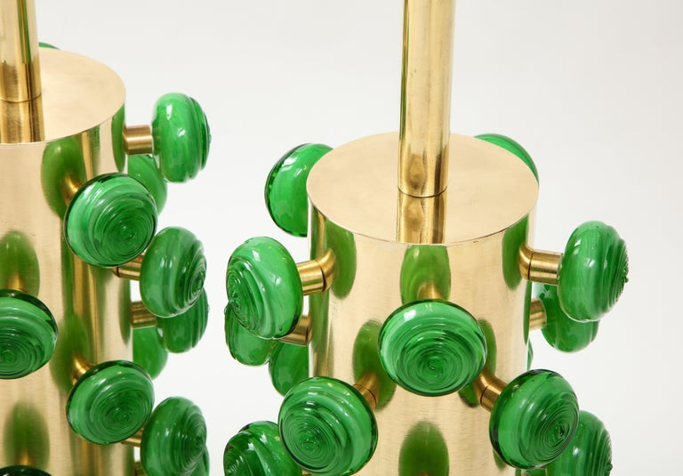 Pair of Green Murano Glass Knobs and Brass Cylinder Sculptural Lamps, Italy 2021 For Sale 8