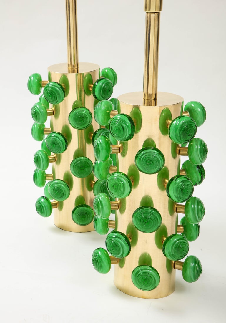 Pair of Green Murano Glass Knobs and Brass Cylinder Sculptural Lamps, Italy 2021 For Sale 1